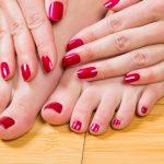 痛い二枚爪を治す方法とは?原因やケア・治療についてもご紹介!