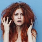 髪のうねりを治す方法と対策をご紹介♪うねりの原因は「頭皮の衰え」にあった!