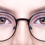 メガネ女子に合うメイクで美人度10倍UP!黒縁や丸メガネ、一重さんに合うアイメイク方法