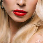 イイ女は唇の縦ジワケアも欠かさない!縦ジワができたときの原因や消す方法をピックアップ